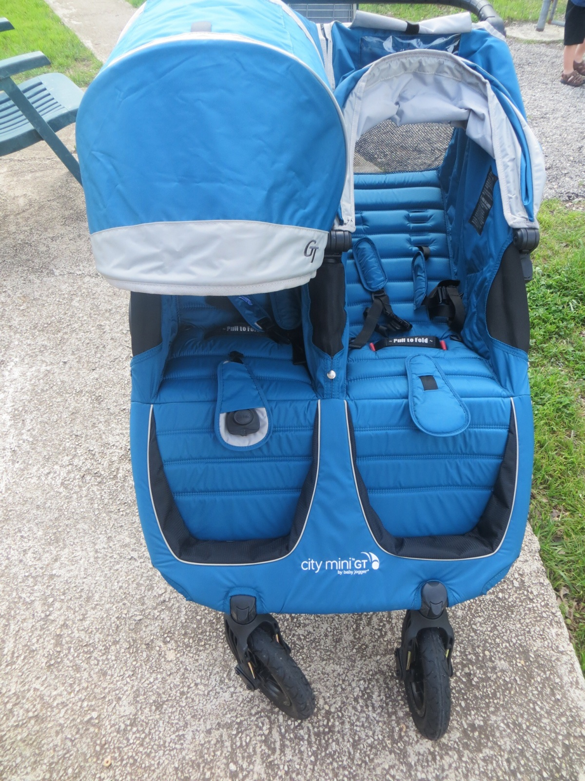 Review: Baby Jogger City Mini GT Double vs. Bumbleride ...
